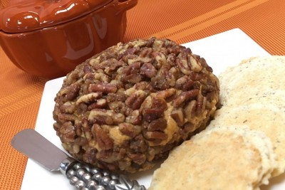 Roya's pumpkin cheeseball