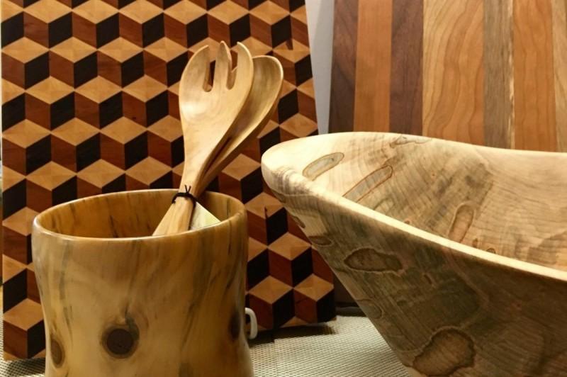 Wood bowls at Gourmet Pantry